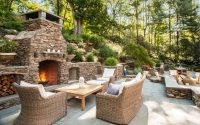 Chris Elkow and Mark Hicks/Elise Landscapes & Nursery, LLC – Bayberry Hillside