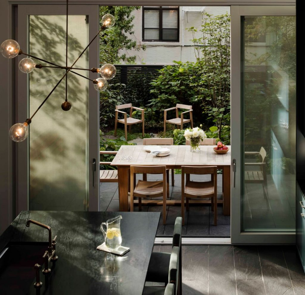 Brooklyn-Townhouse-1-600x581