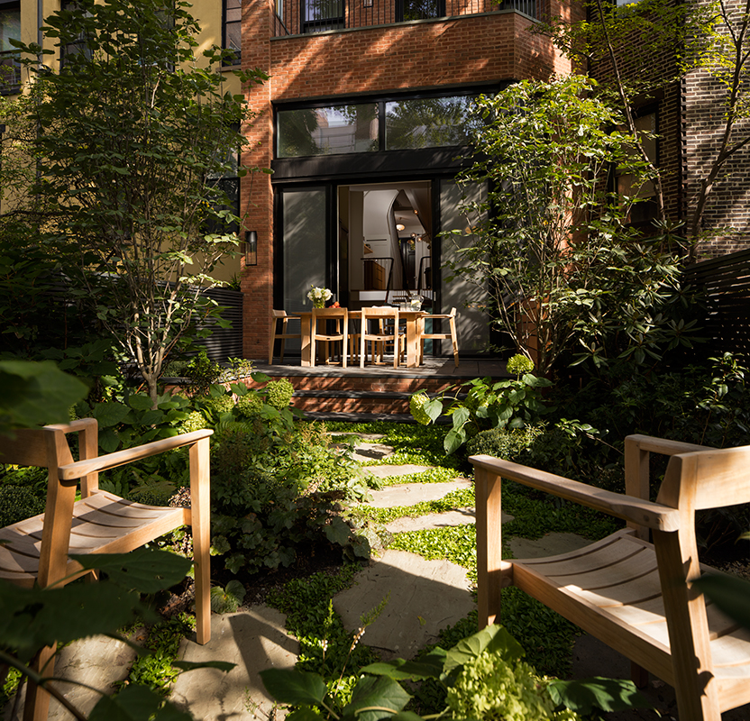Brooklyn-Townhouse_05-View-From-Rear-Garden-600x577