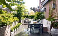 Aaron McIntire and Gunn Landscape Architecture team/Install by Vert Gardens – Chelsea Terraces