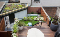 Emma Lam/A Small Green Space – Mini Green-Roof in the City